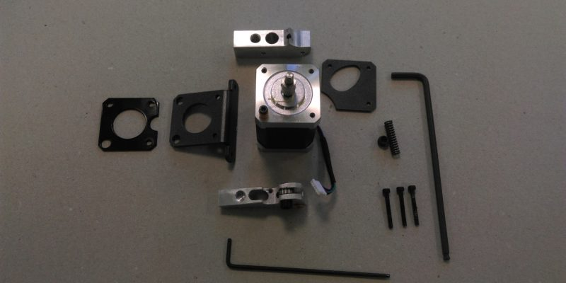 The parts of the extruder feeder of the BCN3D Sigma 3D printer