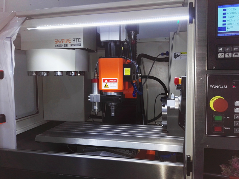 SVM-2VMC Workstation - Skyfire CNC Vertical Milling Centre